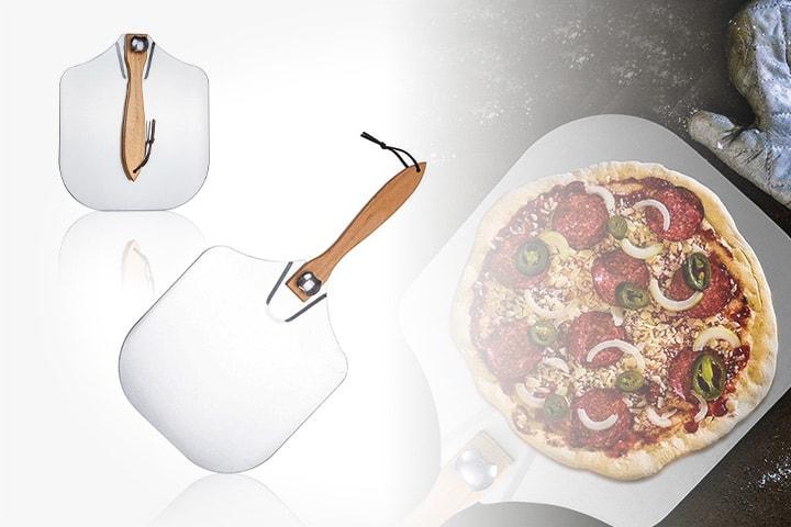 Pizzaspade med sammenleggbart håndtak