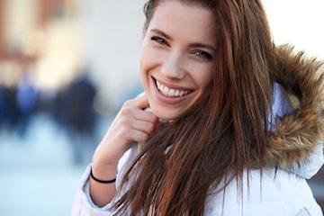Kosmetisk tannbleking hos Naturlig Fake i Strømmen
