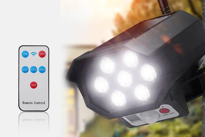 Solcellslampa med rörelsevakt
