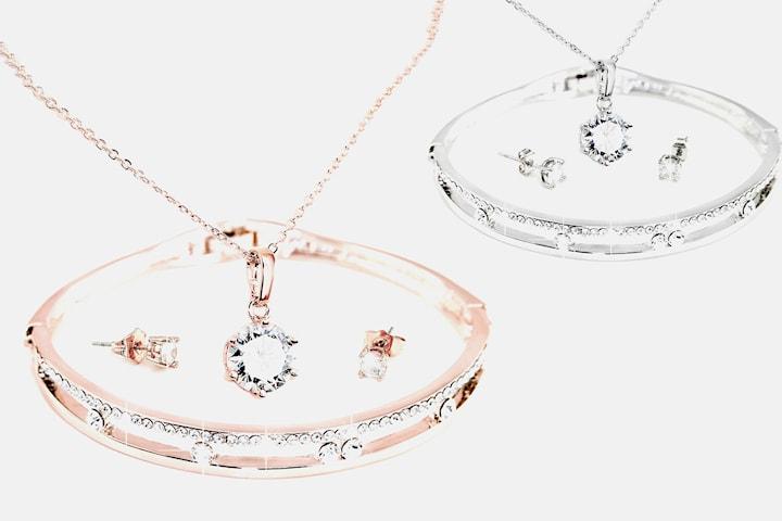Armbånd, halskjede og øredobber med Swarovski-krystaller