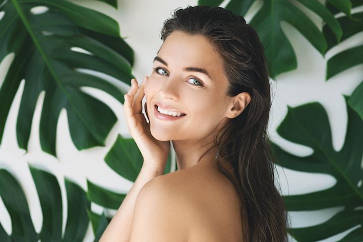 Få gavekort som kan brukes på mange behandlinger hos Kosmetisk Lege