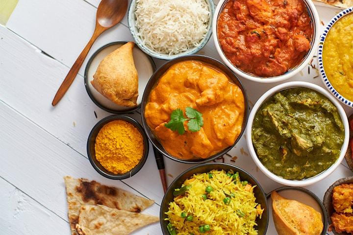 Indisk 6 retters – fra ti personer til kun 199 kr per person