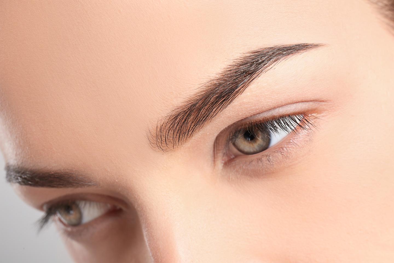 Microblading av bryn hos Permanent Makeup Senter (1 av 11)