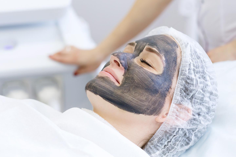 Djuprengörande ansiktsbehandling, 50 min (1 av 1)