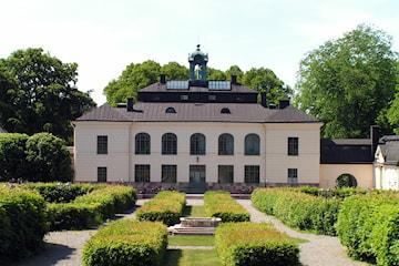 Övernattning inkl. tvårätters middag och frukost för 2 på Näsby Slott