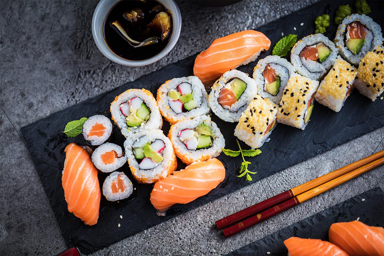 Sushi 14 eller 30 bitar på Asian Mix 08 (1 av 5)