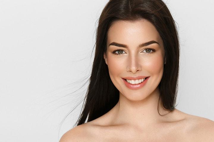 Velg mellom én PRP-behandling av hårtap eller foryngende behandling av ansikt