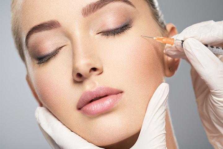 Åpningstilbud! Medisinsk injeksjon i ett, to eller tre områder hos Kosmet - Estetisk injeksjonssykepleier