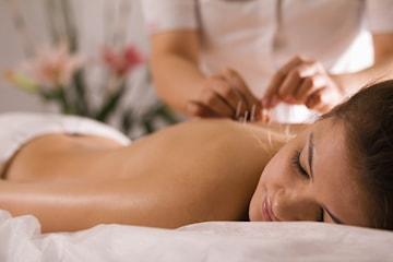 Massage och akupunktur hos Kinaterapi
