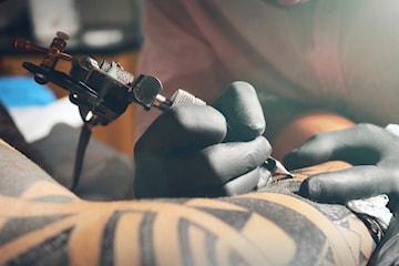Presentkort på tatuering