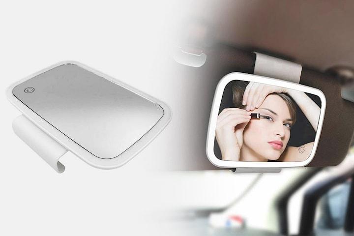 Bilspegel med LED-ljus