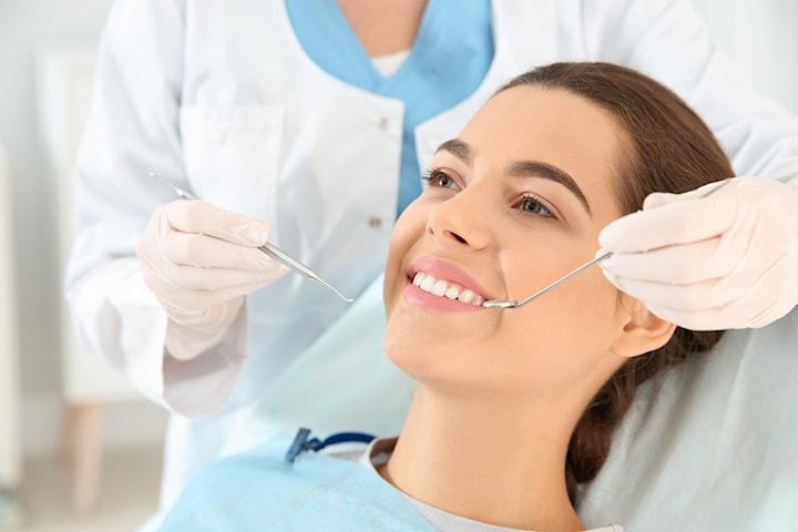Få gavekort på tannimplantat med krone hos Simonsen Tannlegeklinikk