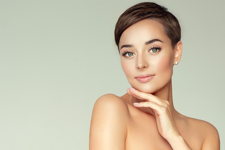 Få renere hud med ansiktsbehandling og LED-lysterapi hos Dental & Dermal (1 av 2)