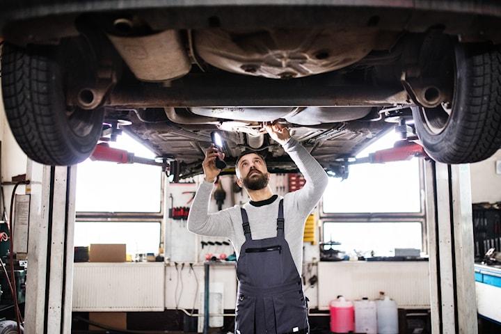 Fullständig rostskyddsbehandling och bilkontroll