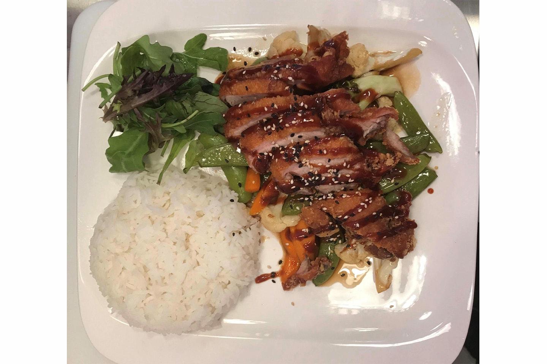 Crispy duck eller rød kyllingcurry hos Taste of Asia