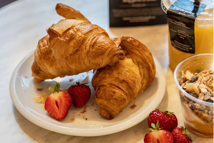 Betala för 2 och få 4 croissanter från Le Croissant