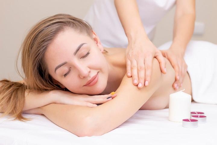 60 minutters massasje hos massasjespesialist på Beauty Space La Femme