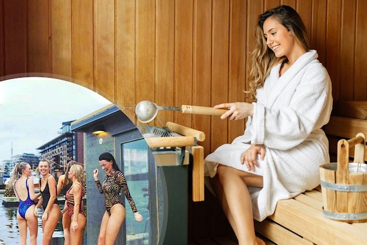 Prøv Oslos mest populære aktivitet - floating sauna ved Aker Brygge