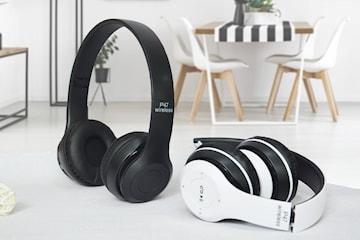 P47 trådlösa hörlurar