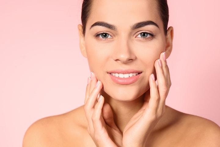 Brynfix med eller utan lyxig ansiktsbehandling