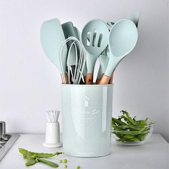 Lysegrønn, 11 pcs. Silicone Kitchenware with wooden handle, Kjøkkensett med elleve deler,