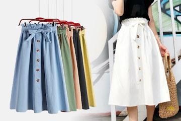Knälång kjol med knappar och bälte