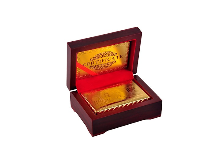 Spillekort i Boks - Kortstokk med 24K Gullbelegg