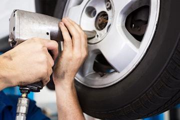 Biltvätt med eller utan däckbyte