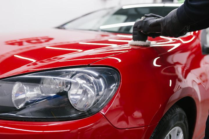 Få skinnende ren bil hos Lørenskog Bilpleie og Bilglass