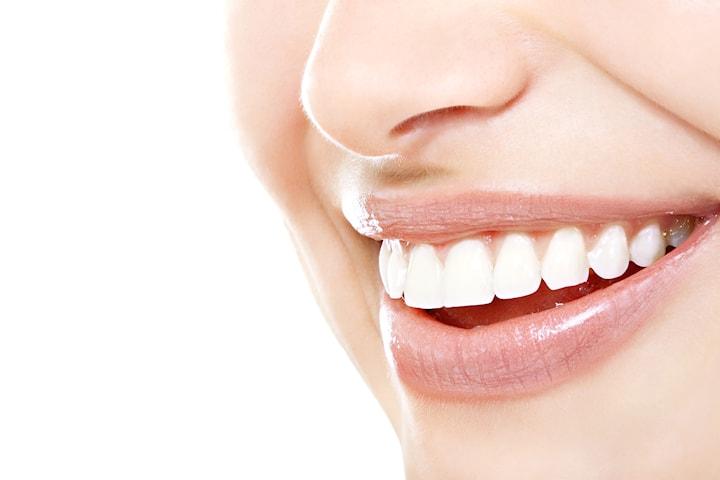 Få hvitere tenner på bare en time med ToothFairy hos Vippen Velvære