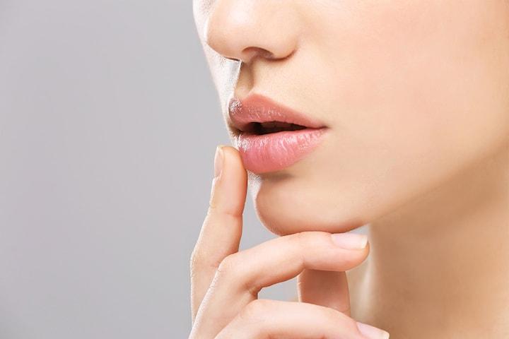 Dubai lips peeling hos Mandorla
