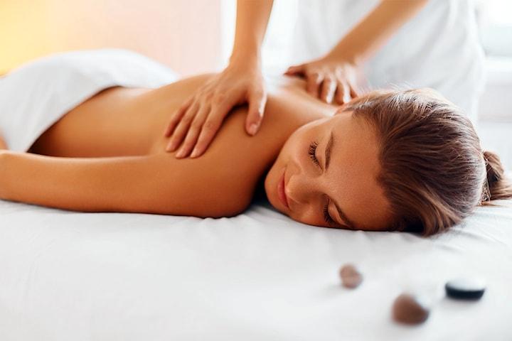 Få en drømmedag hos Kosmetisk Lege inkl. 20 min massasje