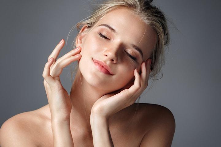Dermapen kombinert med peeling, mesoterapi og maske hos Royal Beauty Norge
