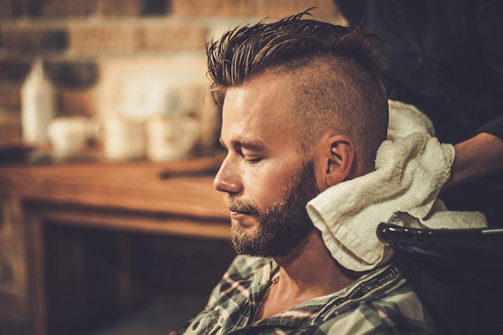 Herrklippning och skäggtrimning hos Joe Hair Style