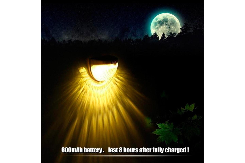 Två trådlösa solcellslampor med LED-ljus