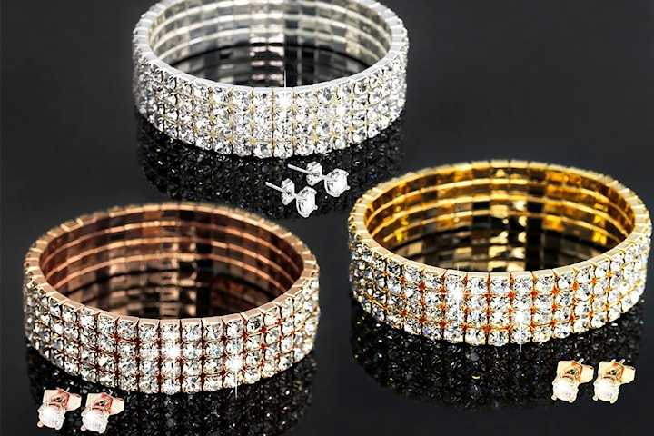 Armbånd og øredobber med Swarovski-krystaller