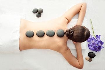 Hotstone-massage hos SOS Muscles