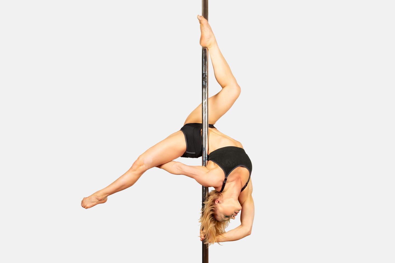 Prova på poledance, dancehall/twerk m.m. (1 av 6)