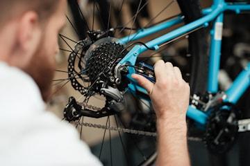 Komplett service med eller utan lagning av punktering