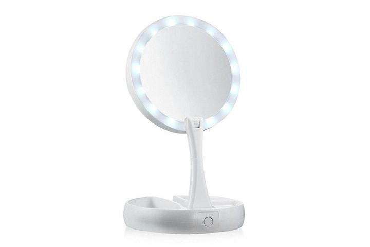 Sminkspegel med LED lampor