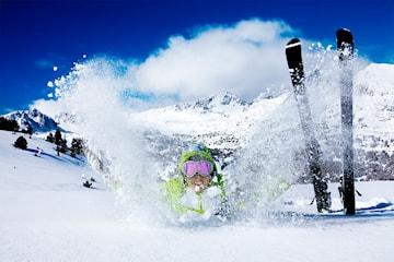 Skidresa till Andorra inkl. flyg, halvpension och liftkort