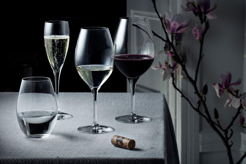 Glas ur Morberg Collection från Orrefors
