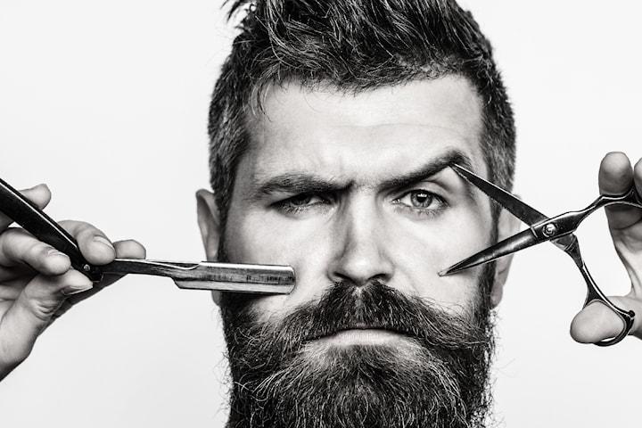 Herrklippning inkl. klippning/trimning av skägg samt tvätt och styling