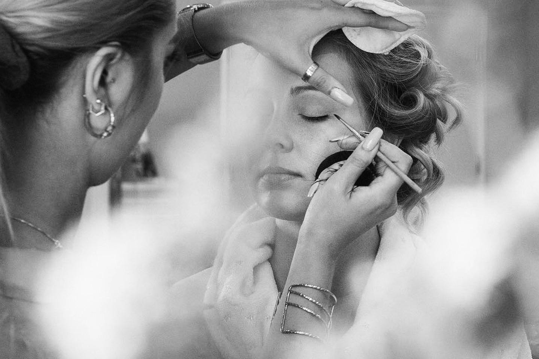 Slipp stresset før festen! Få full makeup hos Marlou på Majorstuen (1 av 13)