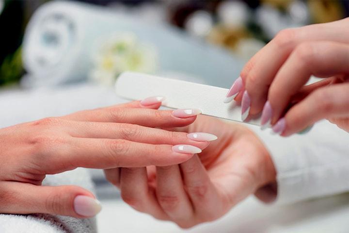 Få vakre negler hos Kosmetisk lege sentralt i Bergen