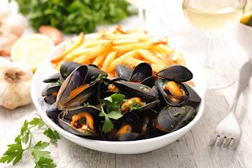 Vitvinskokta musslor hos Belle