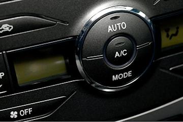 AC-service hos Hendel Bil & Motor