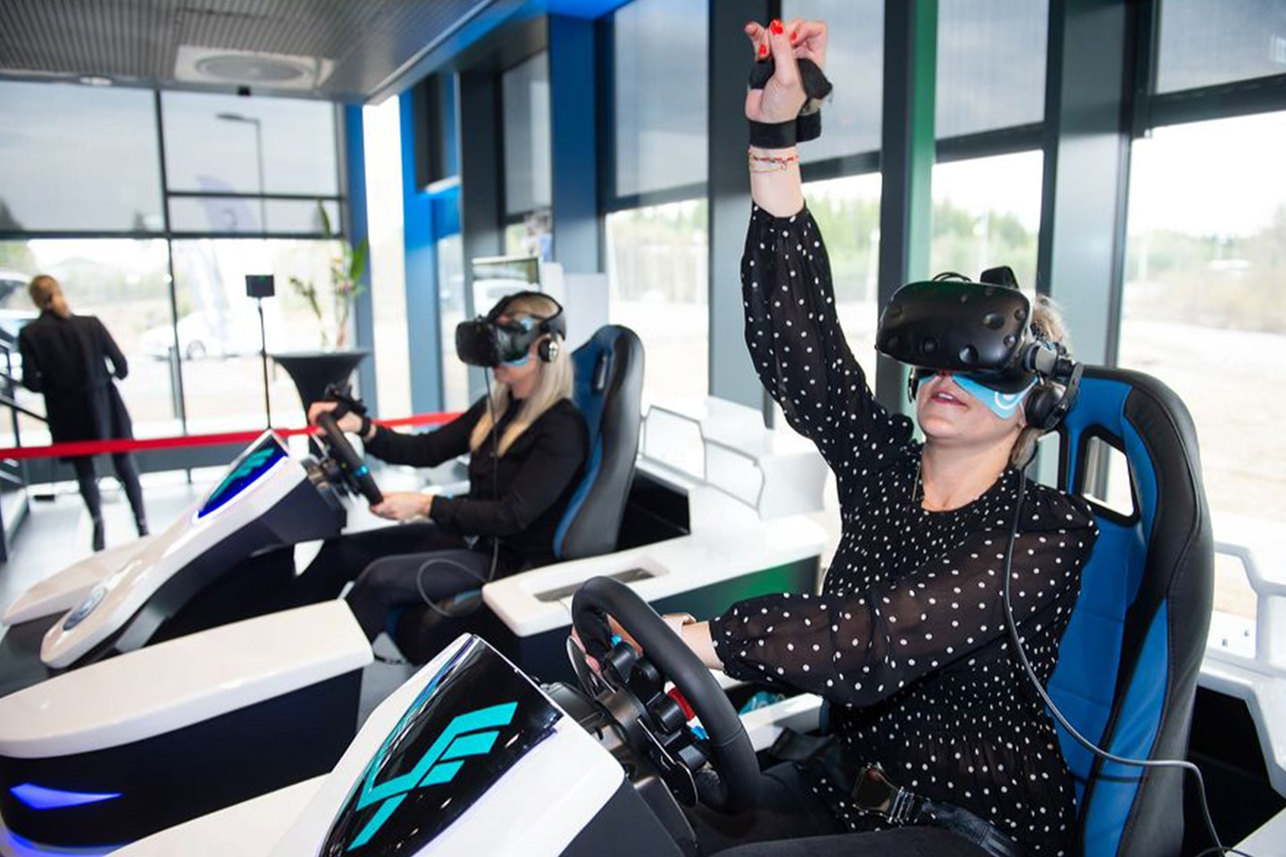 Vindtunnel, AR-klatrevegg og VR-simulator hos Modern Activity Center