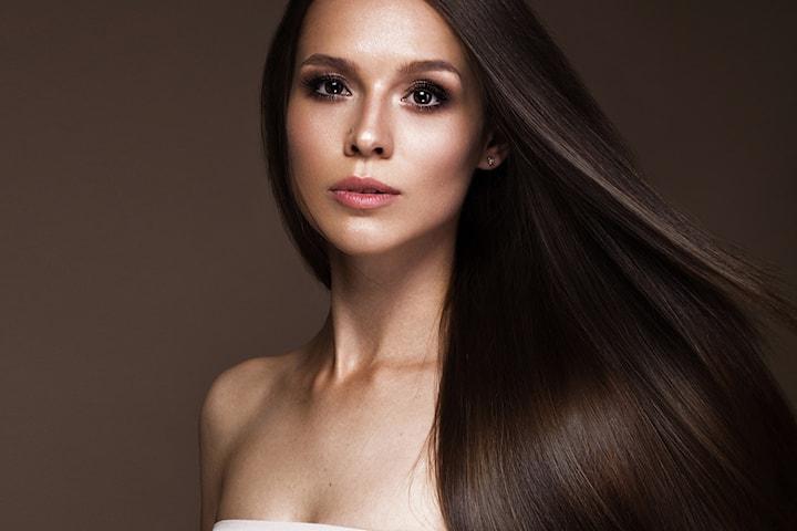 Keratinbehandling hos Noushins Beauty Center