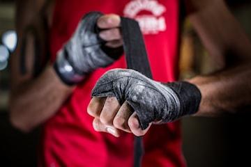 Köp sommarkortet på Perrys Gym och träna kick/thaiboxning